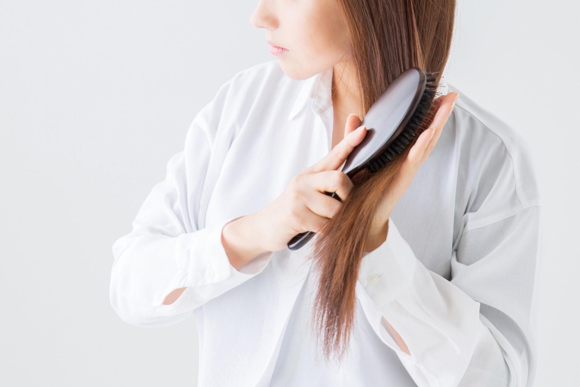 【薄毛の原因】女性の薄毛の原因の「女性型脱毛症」とは